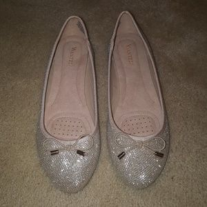 Wanted flats 7.5